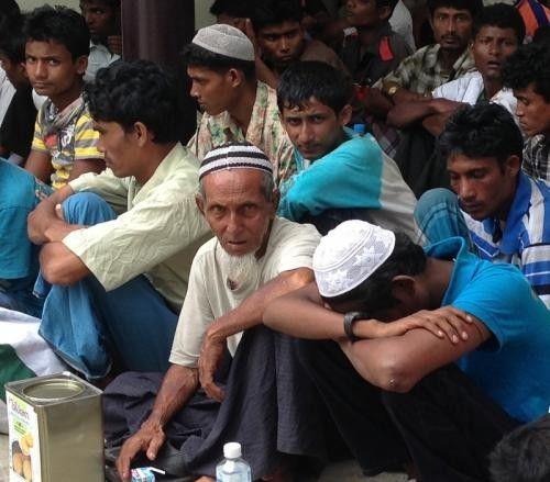 العثور على 100 لاجئ روهنجي في شواطئ فوكيت