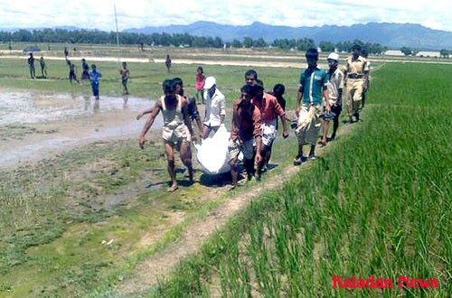 انتشال جثتين للاجئين روهنجيين غرقا في خليج تيكناف ببنجلاديش