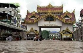 فيضانات وأمطار غزيرة تجلي أكثر من 25 ألف شخص في بورما
