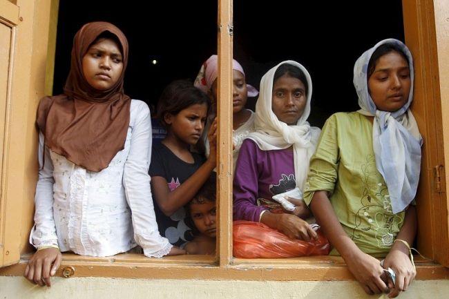 تايلند تبحث عن 11 لاجئا روهنجياً فروا من مركز احتجاز