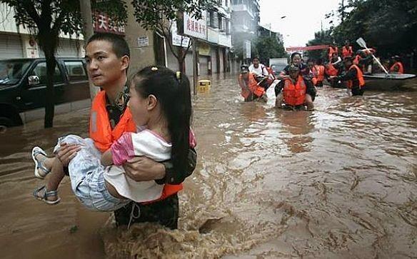٣٦٠ ألف مشرد جراء الفيضانات في ميانمار