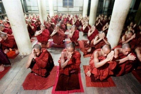 تحليل: كيفية عكس موجة الراديكالية البوذية في جنوب شرق آسيا؟